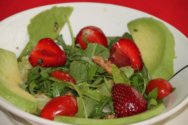 strawberry arugula summer salad